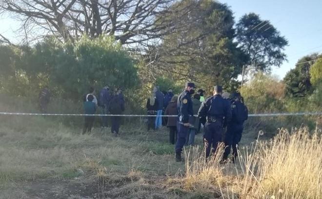 La Policía de Entre Ríos en el lugar donde se encontró el cuerpo.
