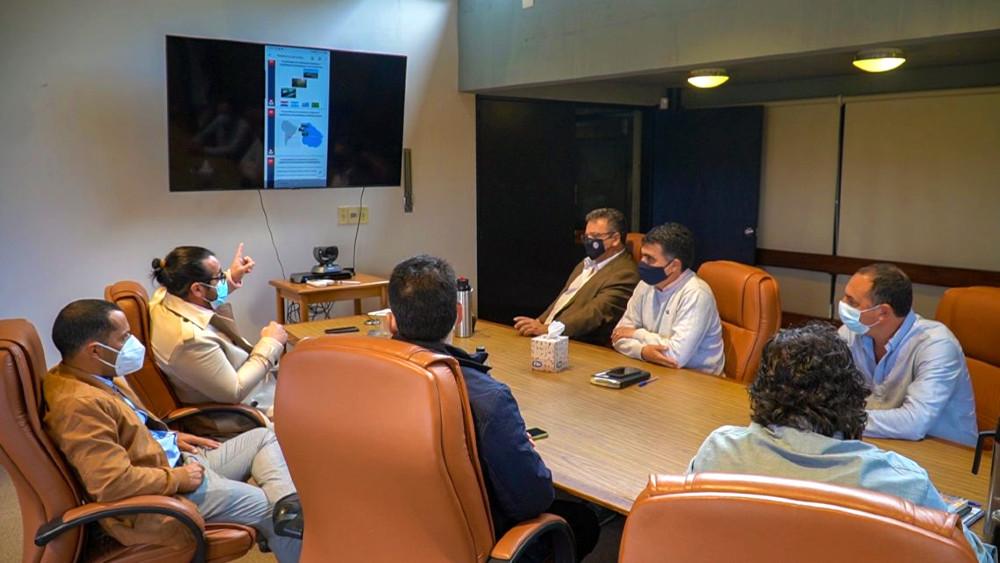 El intendente salteño estuvo en una reunión con la Delegación Uruguaya ante la CTM.