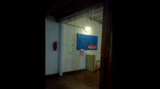 "Escuela de Crespo: ""se llueve como en la calle"""