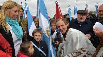 Así musicalizaron la visita de Capitanich a Entre Ríos