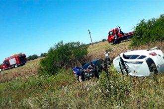 Se le reventó un neumático y causó un grave accidente en la autovía