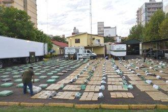 Ruta 14: Gendarmería efectuó el decomiso de marihuana más grande de su historia