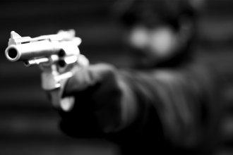 Tomó por asalto a una librería con un arma de juguete