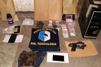 """Drogas, armas y detenidos en la casa de una """"narcofamilia"""""""