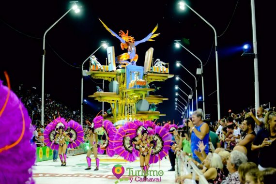 "Carnaval del País: Ará Yeví ganó por su ""Alma Carnavalera"""