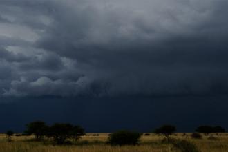 Alerta en toda la provincia por una noche de lluvias y tormentas intensas