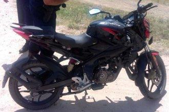 Múltiples fracturas para un joven motociclista