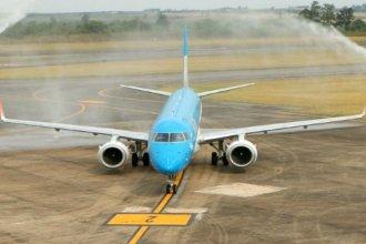Particular bautismo para la nueva frecuencia aérea entre Buenos Aires y Entre Ríos