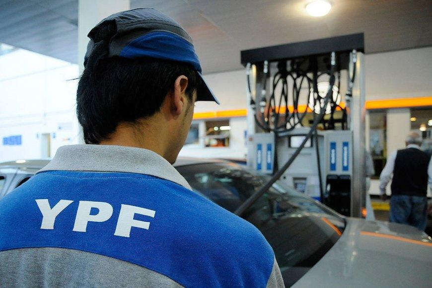 YPF volvió a aumentar las naftas y el gasoil