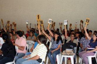 Los docentes, convocados por Agmer y por el Gobierno el mismo día