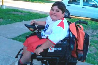 La enfermedad que se cobró la vida de su hermano, ahora lo acecha a él