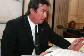 Castrillón criticó duramente al fiscal de Estado