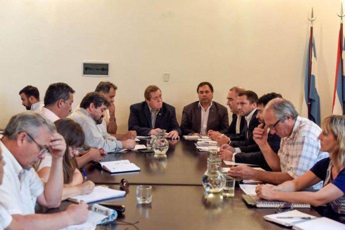 Postergaron la reunión por la paritaria salarial estatal