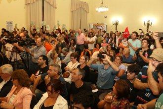 En medio de abucheos a la oposición, Gualeguaychú prohibió el uso del glifosato