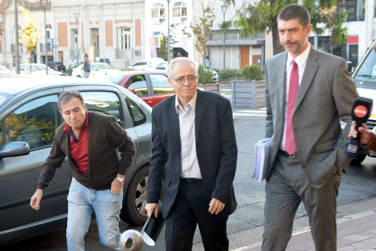 Ilarraz, al ingresar a donde es juzgado en Paraná.