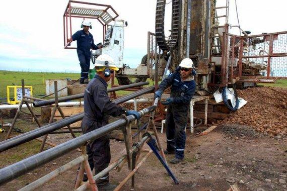 Ambientalistas reclaman que se suspendan definitivamente las perforaciones petroleras
