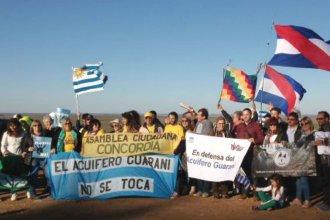 Llegaron hasta la Embajada australiana, en defensa del Acuífero Guaraní
