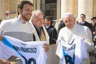 """El papa Francisco bendijo a un club entrerriano: """"Los panza verde tienen lo suyo"""""""