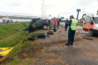 Tras un nuevo vuelco en la Autovía Artigas, 3 personas fueron hospitalizadas