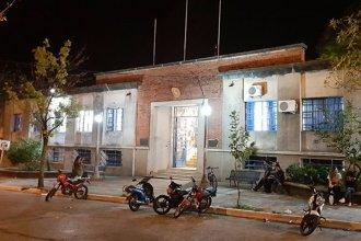 Docentes ocupan una escuela tras intento de agresión de un alumno al director