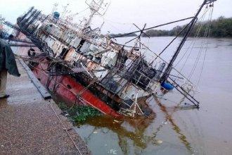 Preocupación de contaminación por el pesquero hundido
