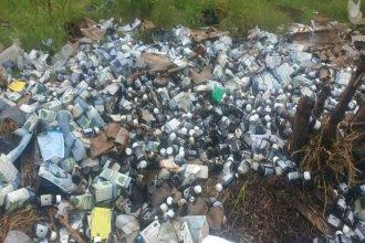 Punto no limpio: encontraron remedios tirados en un descampado