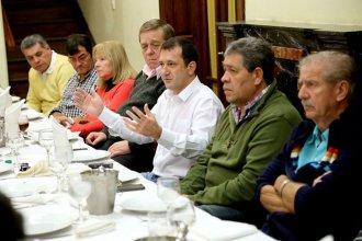Kueider le dijo a 20 sindicalistas que la provincia tuvo que hacerse cargo de lo que abandonó Nación