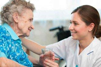 Compañía, cuidado y paciencia al servicio de adultos mayores y discapacitados