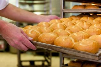 Subió la harina y pronostican un pan a 70 pesos