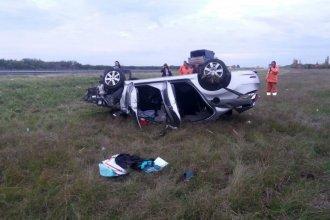 Tres entrerrianas volcaron su auto en la autovía de la RN 14