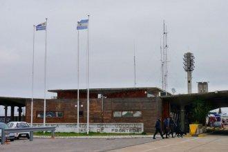 Condenan a matrimonio uruguayo que intentó ingresar al país con más de 300 mil dólares