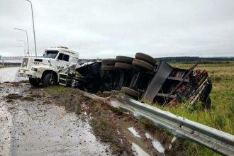 Despistó un camión, a metros del acceso a Federación: no hay heridos