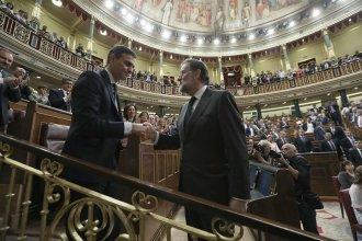 Líder socialista presidirá a España, tras la destitución de Rajoy