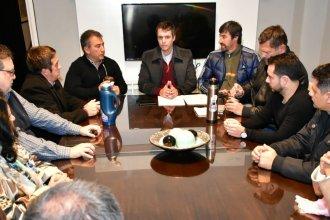 En plena interna del PJ, Cresto se reunió con Giano y Urribarri