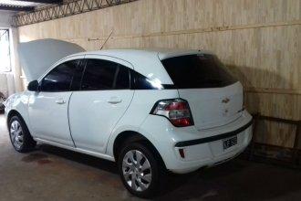 Flojo de papeles, entrerrianos recuperaron un auto a la venta en Corrientes