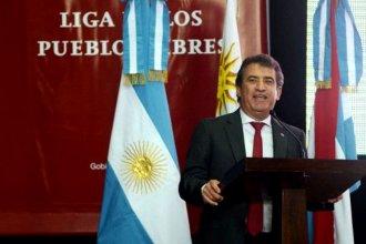 Bajo la bandera artiguista, Urribarri convoca a un encuentro regional