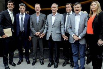 ¿Juntos o separados? Los gobernadores, ante la encrucijada de negociar el ajuste con Macri