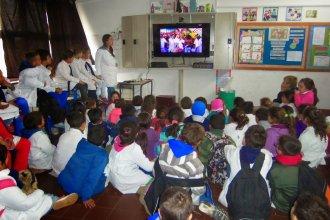 Escuelas entrerrianas, con libertad para ver con sus alumnos los partidos de Argentina en el Mundial