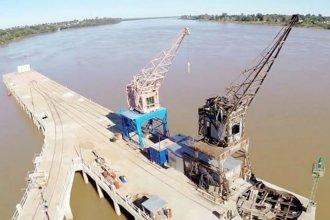 Buscan consolidar el tránsito de barcazas por el río Uruguay