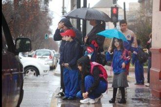 En los días de lluvia también correrá la falta escolar