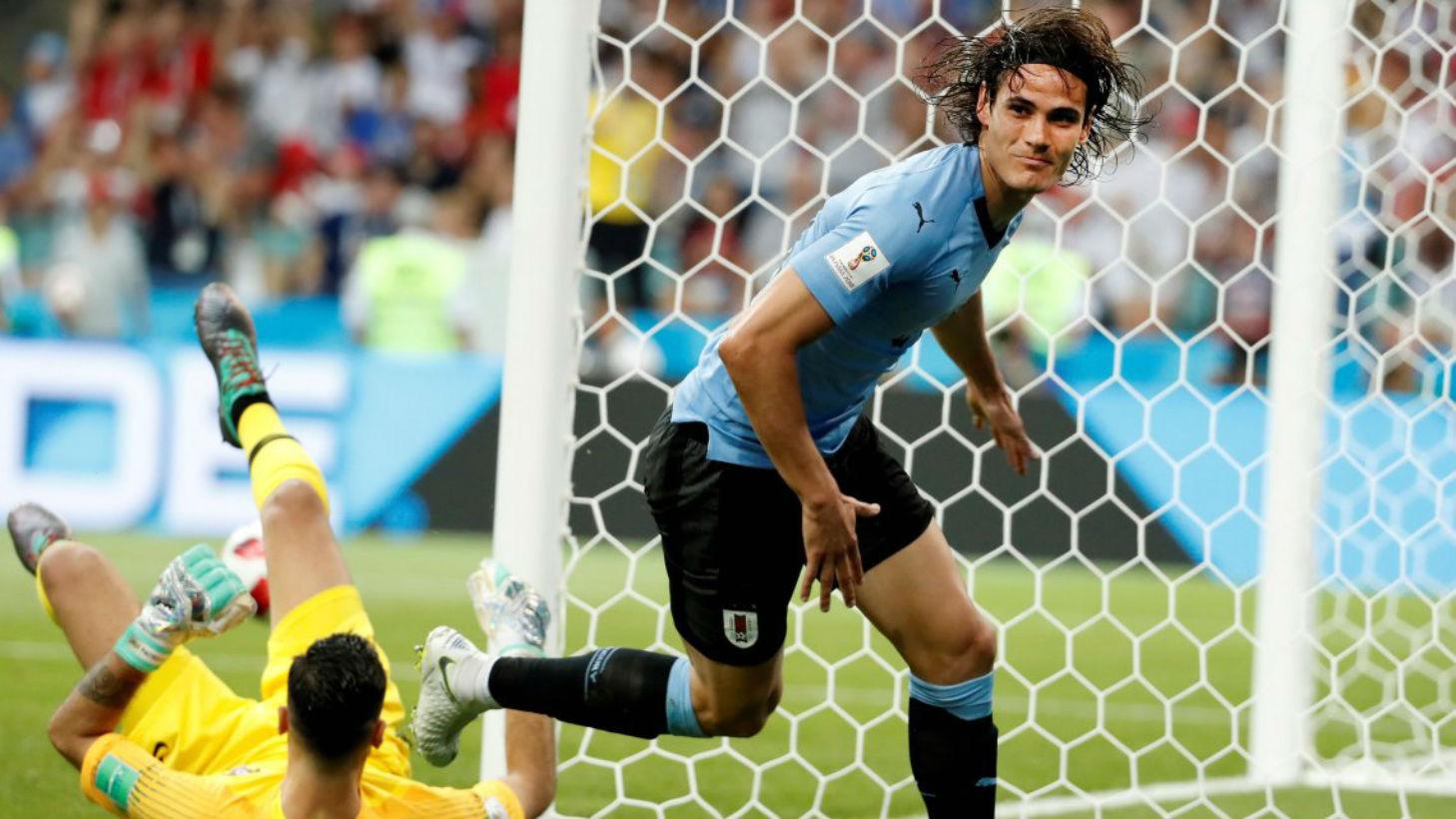 Cavani anotó los dos del triunfo celeste.