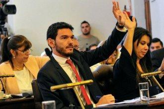 Imputado en una causa por narcotráfico, Gainza tomó licencia