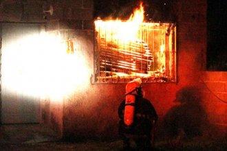 Un hombre de 39 años falleció en el incendio de su casa