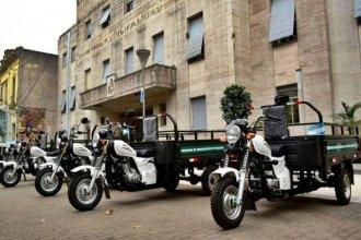 Entregan motocarros para erradicar la tracción a sangre