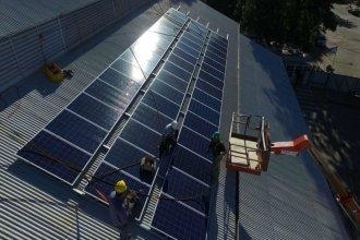 Tres ciudades quieren instalar sistemas fotovoltaicos en edificios públicos