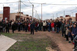Este lunes 48 familias recibieron las llaves de su nuevo hogar en Concepción del Uruguay