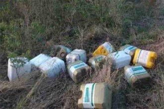 Piden sanciones para los productores que abandonaron bidones de agroquímicos