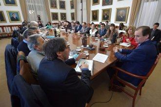 La provincia anunció que redireccionó partidas para salud y desarrollo social