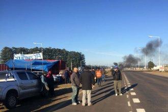 """Protesta en Ruta 14: """"El tránsito es libre, salvo para los camiones de madera"""""""