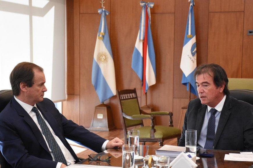 Bordet con Castrillón, presidente del STJ.